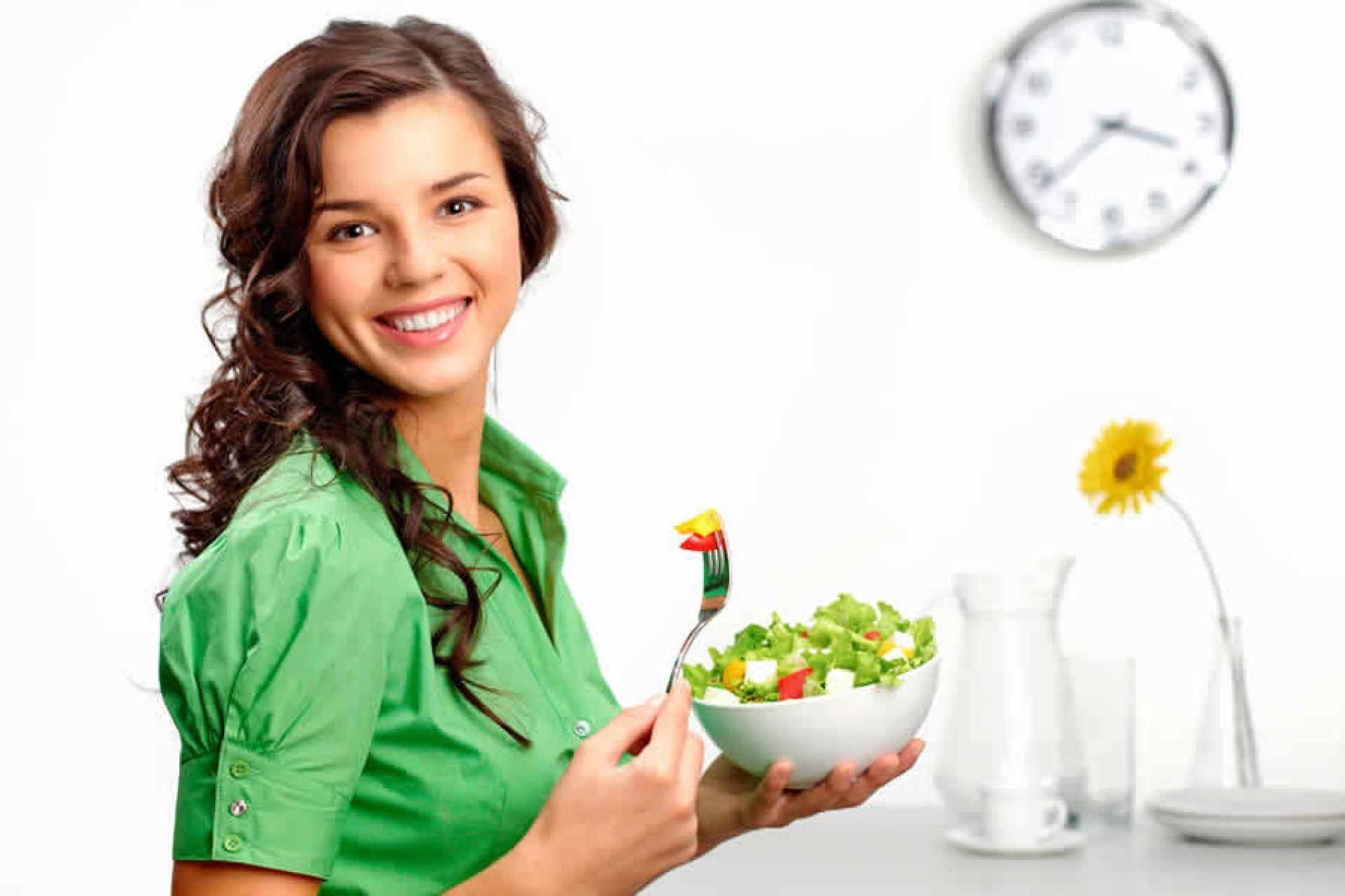 Como a alimentação influencia na saúde do sistema digestivo